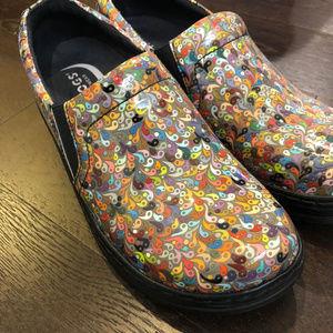 Klogs footwear Naples novelty print Size 9M